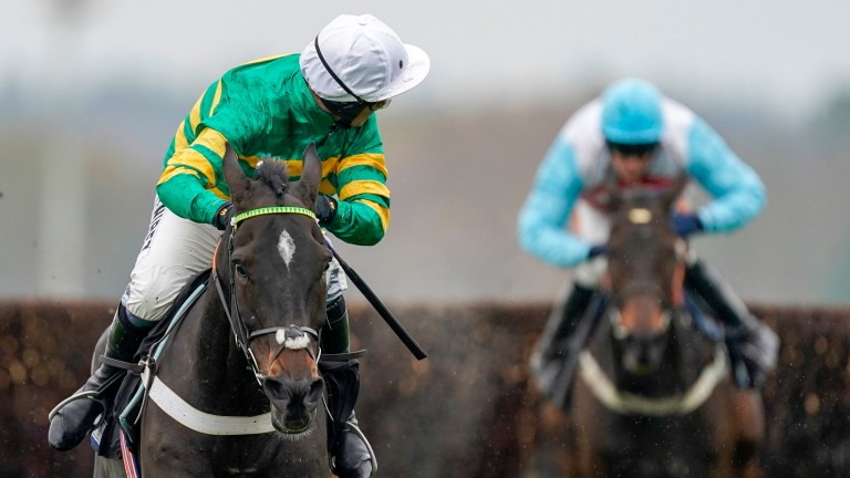 Chantry House pulls clear on his chase debut under Nico de Boinville at Ascot on Friday