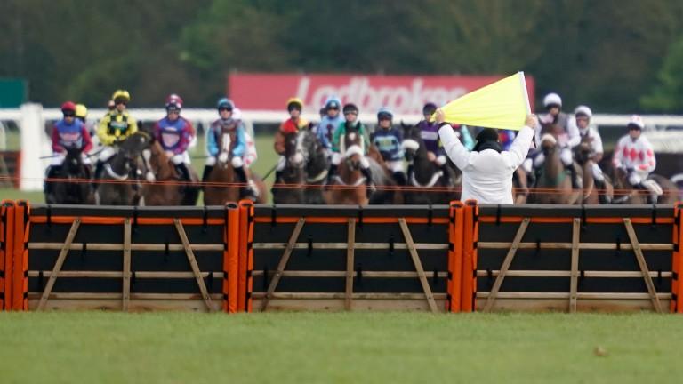Newbury: big fields at the Berkshire track on Wednesday
