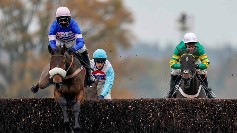 Pic D'Orhy (left): back over hurdles at Taunton