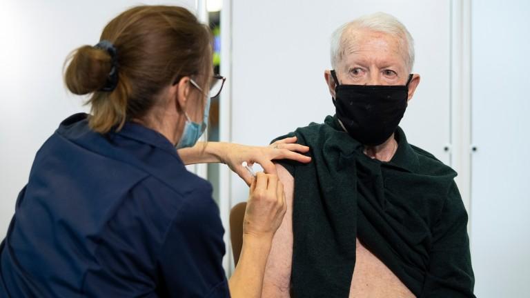 Derby-winning jockey Geoff Lewis receives his Pfizer BioNTech Covid-19 vaccine at Epsom