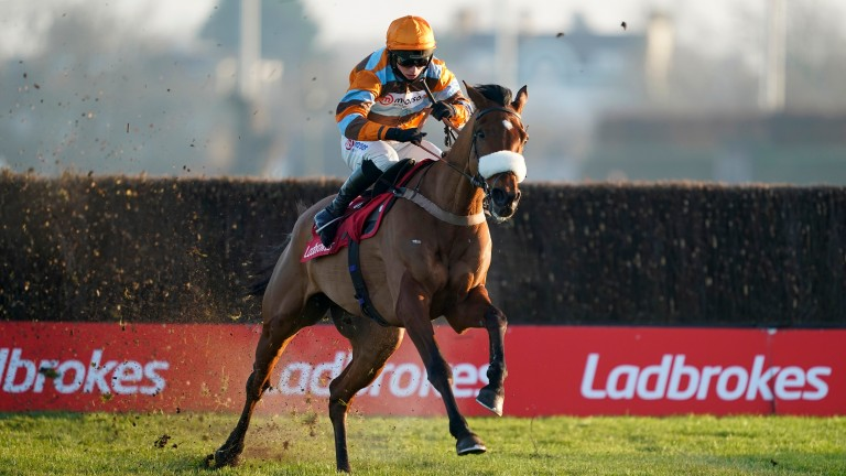 Master Tommytucker: eased to victory in the Grade 2 Silviniaco Conti Chase
