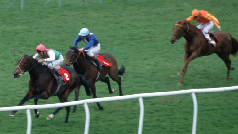 Dancing Brave goes clear of Green Desert in a memorable 2,000 Guineas