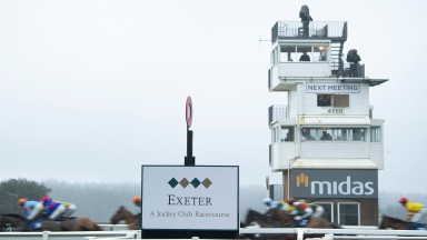 The runners in the 2m maiden hurdle pass the post on the first circuitExeter 19.1.21 Pic: Edward Whitaker/Racing Post