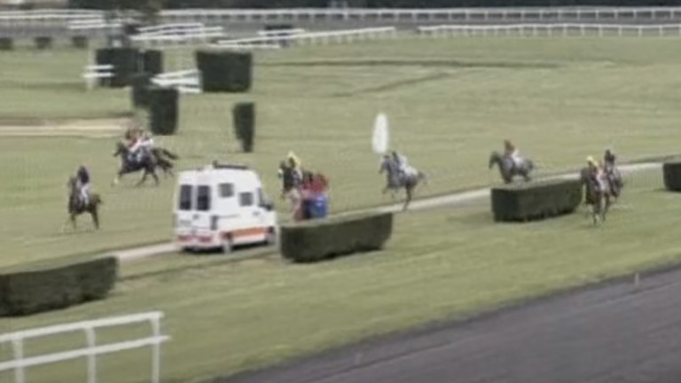 Just the start of the trouble: horses scatter in several directions during the Prix des Benevoles at Castera-Verduzan in July 2014