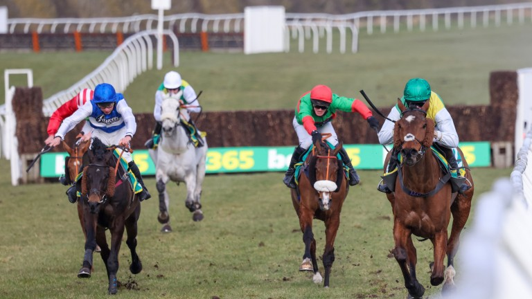 Cloth Cap's rivals flounder as the the Ladbrokes Trophy winner set a remorseless gallop