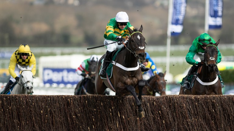 Fusil Raffles (right) chases home Chantry House in the Marsh Novices' Chase