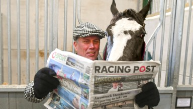Happy Monday: Bez with the Jedd O'Keeffe-trained Mystic Moonshadow