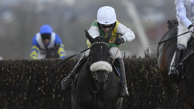 Many Clouds and Leighton Aspell on their way to victory at Carlisle in 2014