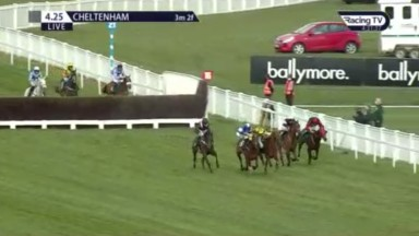 14/4/2021 Cheltenham. The Mighty Don makes a mistake at 2nd last. Credit RacingTV