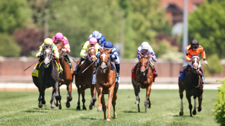 Gift List came four lengths clear of her rivals at Churchill Downs