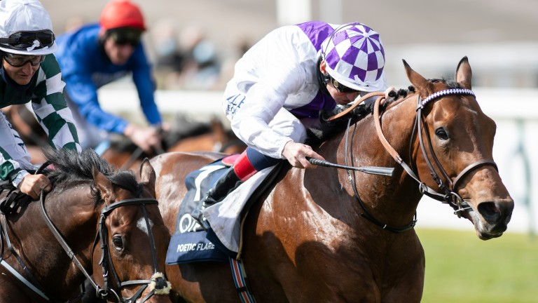 Poetic Flare storms to Classic glory