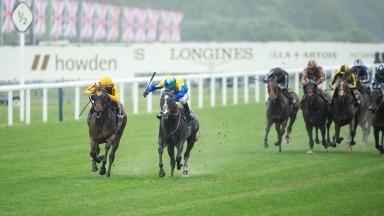 Dragon Symbol (Oisin Murphy,right) beats Campanelle (Frankie Dettori) in the Commonwealth CupAscot 18.6.21 Pic: Edward Whitaker/Racing Post
