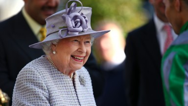 The Queen was successful with all three of her runners at Newbury and Newmarket on Friday and has just one runner on Saturday, King's Lynn at Newbury