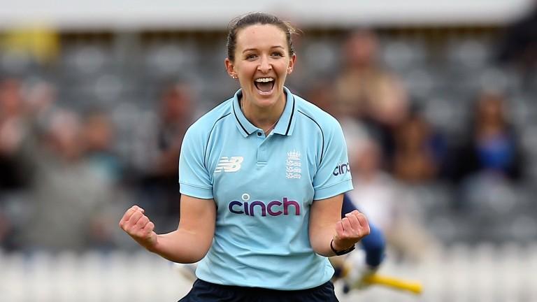 Kate Cross captains a star-studded Manchester Originals squad