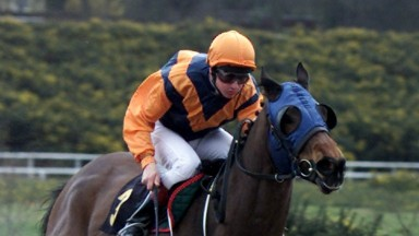 3 Apr 2001:  Lynsey Hanna and Sharp Hat lead the Vince Halliday ridden Jackerin home at Lingfield Park to land The Pen-Y-Fan Classified Stakes. DIGITAL IMAGE. Mandatory Credit: Julian Herbert/ALLSPORT