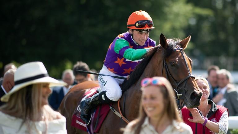 Kieran Shoemark returns to the winner's enclosure with Lady Bowthorpe