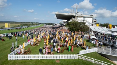 Wilderness Girl (red cap) wins the 7f maiden fillies'Glorious Goodwood 29.7.21 Pic: Edward Whitaker