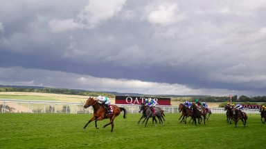CHICHESTER, ENGLAND - JULY 30: William Buick riding Suesa (L) win The King George Qatar Stakes during the Qatar Goodwood Festival at Goodwood Racecourse on July 30, 2021 in Chichester, England. (Photo by Alan Crowhurst/Getty Images)