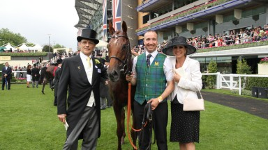 Markus Graff and his wife Irene with Oriental Fox and groom Paddy Trainor